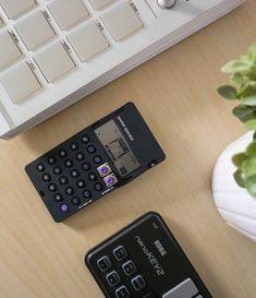 Burning Calories Calculator: How Does It Work? Calories Per Day, Burn Calories, Gadgets And Gizmos, Cool Gadgets, Calorie Calculator, Detox Plan, Does It Work, Diy Electronics, Fix You