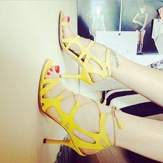 #streetstyle #fashion #mood  #summer  #style #womenstyle #shoppingonline #mihaelaglavan #love Footwear, Street Style, Mood, Heels, Summer, Women, Fashion, Atelier, Haute Couture