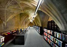 Una ruta literaria por las diez bibliotecas y librerías más hermosas y curiosas del mundo