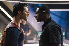 Supergirl season 2 photos feature Lena Luthor, Clark Kent   EW.com
