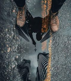 It's a Man's World - cool - Fotografia Perspective Photography, Reflection Photography, Landscape Photography Tips, Photography Camera, Urban Photography, Artistic Photography, Creative Photography, Amazing Photography, Street Photography