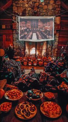 Halloween Movie Night, Halloween Inspo, Halloween Season, Vintage Halloween, Fall Halloween, Happy Halloween, Halloween Party, Halloween Decorations, Fall Wallpaper