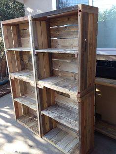47 ideas for pallet furniture diy shelves crafts Pallet Furniture Shelves, Pallet Shelves Diy, Diy Storage Shelves, Pallet Crates, Reclaimed Wood Furniture, Crate Storage, Wood Pallets, Diy Furniture, Pallet Bookshelves