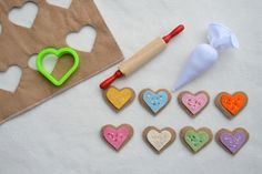 20 Patterns and Tutorials of Valentine's Day Sewing Crafts. A collection of craft projects you can sew for your loved ones during Valentine's Day. Felt Food Patterns, Craft Projects, Sewing Projects, Felt Play Food, Sewing Crafts, Diy Crafts, Valentines, Valentine Cookies, Easter Cookies