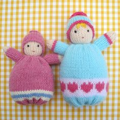 ♥ This listing is for a PDF knitting pattern and NOT for ready-made knitted dolls ♥  These soft, huggable LITTLE SWEETHEARTS make ideal 'first dolls' for tiny tots. When snuggled in a snowy white towel dolly will be extra cuddly (NB - towel not included).  The knitting pattern for these cute little bunting babies is based on Waldorf dolls of a similar type. Great care has been taken to ensure that all parts will be firmly secured so that no part of the doll will be unsafe for babies and…