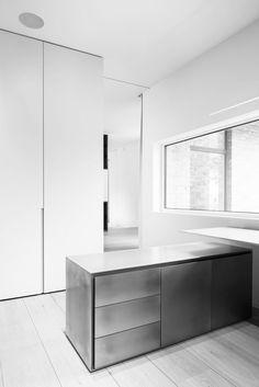 DK 11   11 By Pieter Vanrenterghem   Interior Architecture   Renovation    Desk