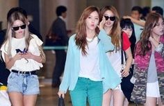 Check out T-ara's photos from their arrival in South Korea ~ T-ara World ~ 티아라