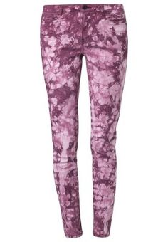 Vero Moda wonder Slim fit purple jeans.