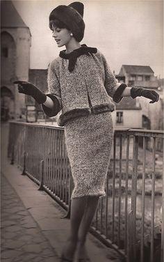 Femme Chic Fur 1962  Pierre Cardin
