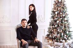 Семейное фото на рождество Суровы и сдержаны   By @jk_art  #lizaonair #tallinn #семейноефото #рождество #семья