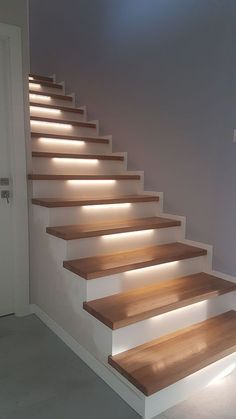 Concrete Staircase, Wooden Stairs, Modern Staircase, Spiral Staircases, Painted Stairs, Interior Wall Lights, Interior Stairs, Glass Wall Design, Stairway Lighting