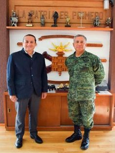 El delegado de la Sedesol en Querétaro, Ernesto Luque Hudson, se reunió con el General de Brigada D.E.M. Carlos César...