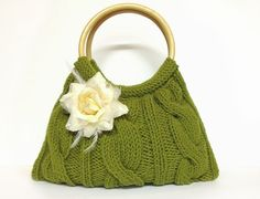 SALE SALE SALE green knitted purse hand knit green by PinKyJubb, $28.00