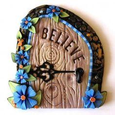 Дверь для феи как декор сада и интерьера