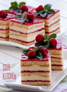 Vanilla raspberry layer cake