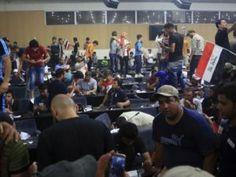 Parlamento de Irak colapsa y legisladores huyen