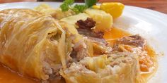 Sour cabbage rolls (Sarma) - traditional Serbian and Bosnian meal. Ingredients: 2 medium sized heads of sour cabbage (about 20 good leaves), 750 g mixed minced meat. Sour Cabbage, Pickled Cabbage, Cabbage Rolls, Cabbage Wraps, Cabbage Leaves, Albanian Recipes, Croatian Recipes, Hungarian Recipes, Croatian Cuisine