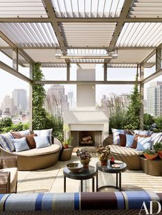 Look Inside a Sprawling Manhattan Penthouse Filled with Midcentury Modernism Photos | Architectural Digest