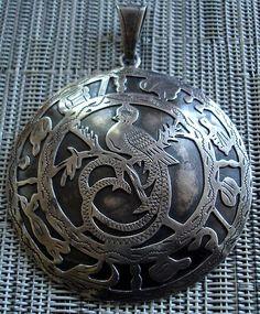 Guatemala Quetzal bird pendant