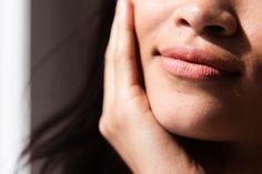 Shanina Shaik / Revlon Super Lustrous Matte Lipstick in Smoked Peach 013 / Into the Gloss