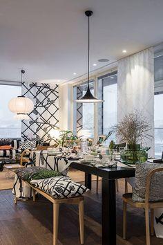 Marimekko-koti on rohkeasti persoonallinen Marimekko, Sweet Home, Cottage, Patio, Beautiful Homes, Outdoor Decor, Kitchen, House, Furniture