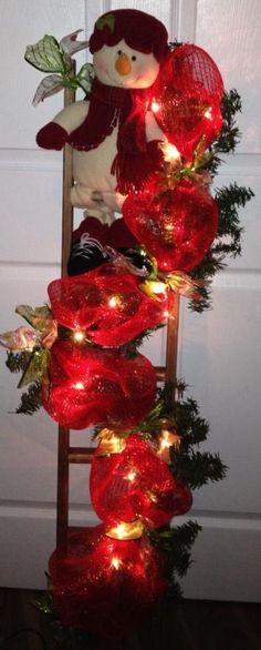 Christmas Arrangements, Christmas Centerpieces, Christmas Decorations, Ladder Christmas Tree, Holiday Tree, Red Christmas, Christmas Snowman, Country Christmas, Outdoor Christmas