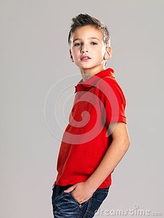 7 year old boys photography poses | boy posing at studio as a fashion model. Photo of preschooler 8 years ...