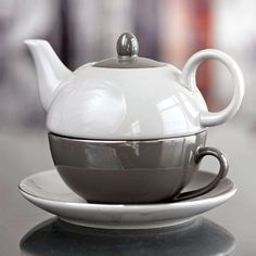 we totally carry tea-for-one's like this a TeaPots n Treasures! Call us at 317-687-8768 to find out more or come visit us at 133 East Ohio St in downtown Indy!