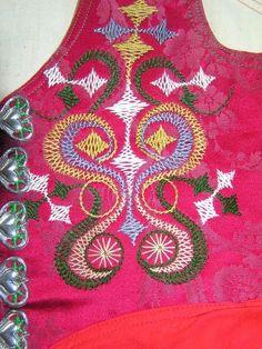 FolkCostume&Embroidery: Mens costume of Leksand, Dalarna, Sweden, and Leksand embroidery