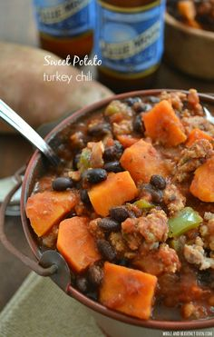 This chunky sweet potato chili is unbelievably warm and comforting and perfect for a chilly fall evening! | wholeandheavenlyoven.com