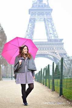 Outfit: Petite Beret - History in High Heels