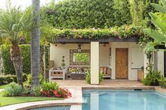 Terra-cotta roof tiles, stucco walls, and dark-stained wood detailing lend the facade of this pool house Mediterranean flair. - Mediterranean Homes & Lifestyles / Photo: Mark Lohman Outdoor Living Rooms, Outdoor Dining, Indoor Outdoor, Outdoor Decor, Living Spaces, Porches, Small Pool Design, Shabby Chic, Stucco Walls