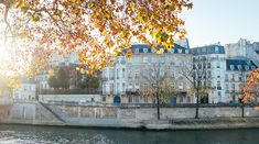 In the arrondissement, the adorable neighborhood with narrow streets that lead through medieval houses, you will find the Apartment Hollmann in Paris. Ile Saint Louis, St Louis, Medieval Houses, The Neighbourhood, France, Street, The Neighborhood, Roads, French Resources