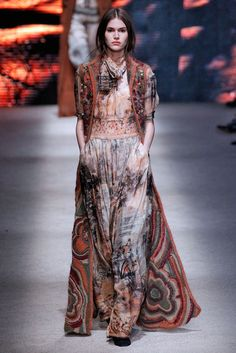 Casual day at Pemberley... love this bohemian look... Alberta Ferretti, Milão, Inverno 2016 RTW