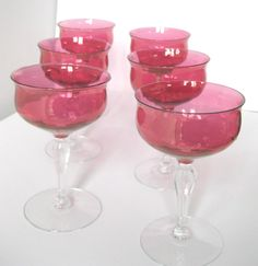 Vintage pink champagne glasses Vintage Champagne Glasses, Champagne Saucers, Pink Champagne, High Tea, Pink Fashion, Sorbet, Vintage Pink, Ice Cream, Treats