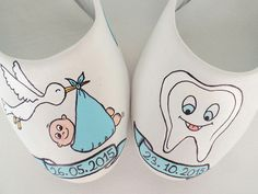 https://www.etsy.com/listing/242965399/baby-shower-flats-handpainted-momboy?ref=shop_home_active_9