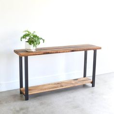 Reclaimed Wood Console Table with Lower Shelf / Entryway Table / Sofa Table Reclaimed Barn Wood, Old Wood, Mesa Sofa, Wood Sofa Table, Low Console Table, Into The Woods, Low Shelves, Diy Furniture, Furniture Design