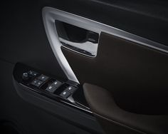 Toyota All New Fortuner - Power Window AUTO2000