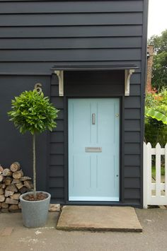 / / . Dulwich, South London http://www.remodelista.com/posts/steal-this-look-english-cottage-entryway