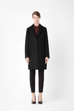 Peaked lapel wool coat