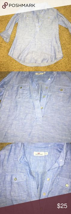 Vineyard vines half button oxford shirt size 2 Chambray blue color! Like new! Vineyard Vines Tops Button Down Shirts