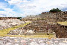 Yahlitch  Tributo al asentamiento Zapoteco de #Yagul  #glitch #glitchart #digitalart #oaxaca