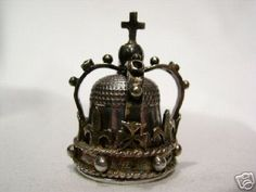 Thimble - English Commemorative---not one you'd use for certain...