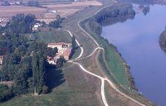 Gemütliche, exklusive alte Villa in Verona, 13 SZ, Platz für 24 PersonenFerienhaus in Villa Bartolomea von @homeaway! #vacation #rental #travel #homeaway