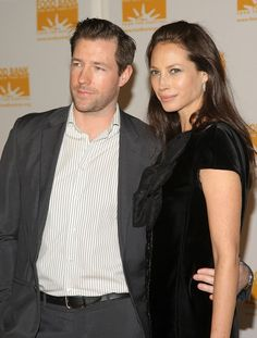 Christy Turlington Photos Photos - Actor Ed Burns and wife model Christy Turlington attend the Food Bank For New York's 5th Annual Can-Do-Awards at Pier 60 at Chelsea Piers on April 07, 2008 in New York City. - Food Bank For New York Presents 5th Annual Can-Do Awards - Arrivals