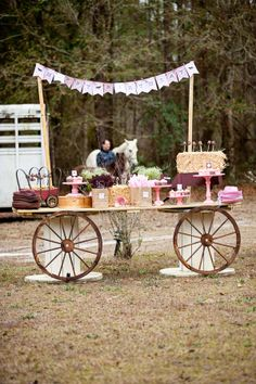 Pink and Brown Pony Themed Birthday Party - The Celebration Society Horse Theme Birthday Party, Horse Party, Cowgirl Birthday, Farm Birthday, 4th Birthday Parties, Country Birthday, 13th Birthday, Birthday Celebration, Birthday Ideas