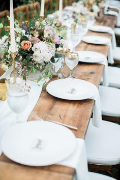 alfresco garden tablescape | Photography: Natalie Bray