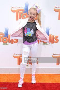 Dancer Jojo Siwa attends the premiere of 20th Century Fox's 'Trolls'... News Photo | Getty Images