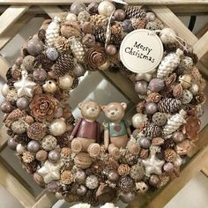 Christmas Advent Wreath, Merry Christmas, Winter Christmas, Christmas Time, Christmas Crafts, Festival Decorations, Xmas Decorations, Paper Flower Wreaths, Wreath Crafts
