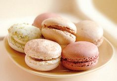 inspirational neutrals and a reason to run: macaroons!